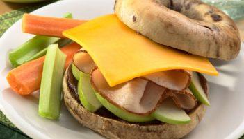 Desayuna, almuerza o cena con un Bagel